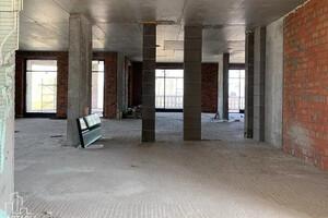 Продается 4-комнатная квартира 347.2 кв. м в Киеве