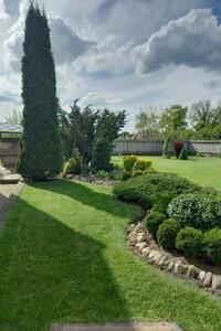 Продається будинок 2 поверховий 204.7 кв. м з садом
