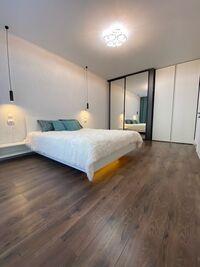 Продається 2-кімнатна квартира 63.5 кв. м у Бучі