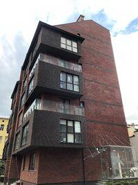 Продається 2-кімнатна квартира 80.4 кв. м у Львові