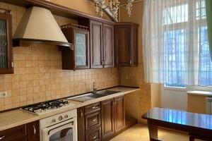 Продається 3-кімнатна квартира 90 кв. м у Львові