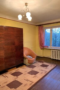 Продается 2-комнатная квартира 45 кв. м в Черновцах