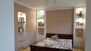Продається 5-кімнатна квартира 103 кв. м у Прилуках