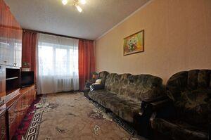 Продается 3-комнатная квартира 63 кв. м в Володарке