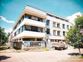 Продается 1-комнатная квартира 49.01 кв. м в Ужгороде