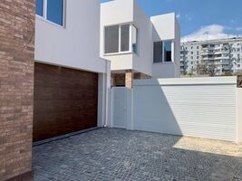 Продается дом на 2 этажа 167 кв. м с участком