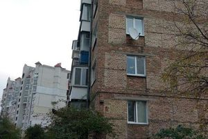 Продается 2-комнатная квартира 44 кв. м в Вышгороде