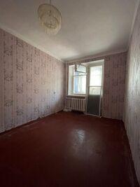 Продается 2-комнатная квартира 51 кв. м в Полтаве