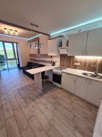 Продается 2-комнатная квартира 74.9 кв. м в Ровно