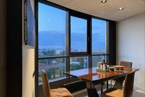 Продается 3-комнатная квартира 132 кв. м в Киеве