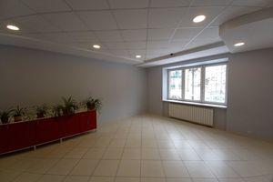 Продается офис 122 кв. м в бизнес-центре
