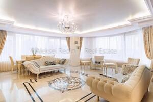 Продается 3-комнатная квартира 179.1 кв. м в Одессе
