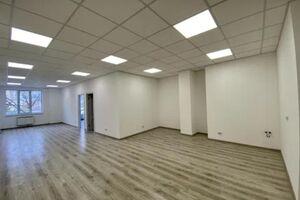 Продается офис 358 кв. м в бизнес-центре