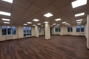 Продается офис 183 кв. м в бизнес-центре