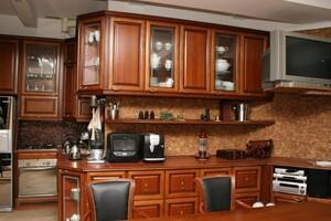 Продается 2-комнатная квартира 100 кв. м в Харькове