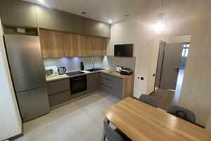 Продается 2-комнатная квартира 70 кв. м в Харькове