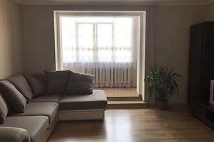 Продается 3-комнатная квартира 67 кв. м в Черновцах