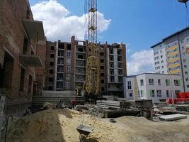Продается 2-комнатная квартира 67.7 кв. м в Тернополе