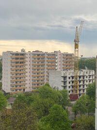 Продається 5-кімнатна квартира 139.5 кв. м у Чернігові