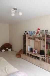 Продається 3-кімнатна квартира 72 кв. м у Василькові