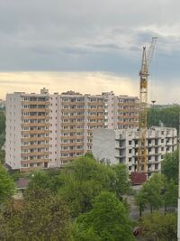 Продається 3-кімнатна квартира 94.6 кв. м у Чернігові