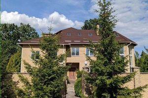 Продається будинок 3 поверховий 800 кв. м з садом