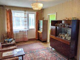 Продается 4-комнатная квартира 62 кв. м в Ивано-Франковске