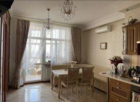 Продается 2-комнатная квартира 120 кв. м в Одессе