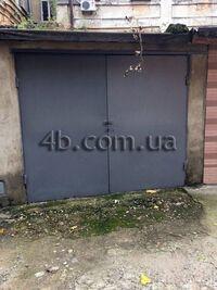 Продається окремий гараж під легкове авто на 20 кв. м