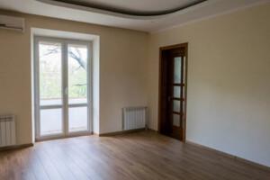Продается 4-комнатная квартира 100 кв. м в Хмельницком
