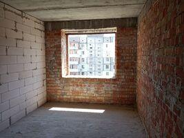 Продается 2-комнатная квартира 77.96 кв. м в Херсоне