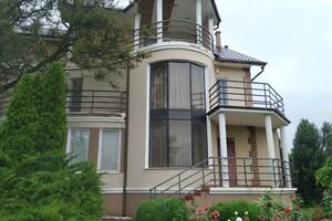 Продається будинок 3 поверховий 349.5 кв. м з подвалом