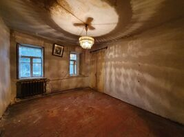 Продається 2-кімнатна квартира 41 кв. м у Дніпрі