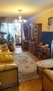 Продается 3-комнатная квартира 70 кв. м в Киеве