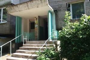 Продається 3-кімнатна квартира 61.8 кв. м у Гайсині