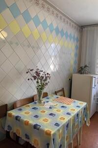 Продается 4-комнатная квартира 73 кв. м в Хмельницком