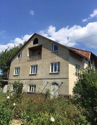 Продается 10-комнатная квартира 326 кв. м в Ужгороде