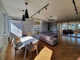 Сдается в аренду 1-комнатная квартира 125 кв. м в Киеве
