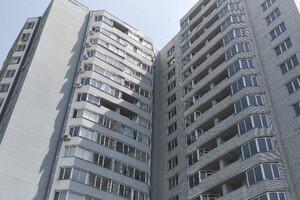 Продается 2-комнатная квартира 80 кв. м в Черкассах