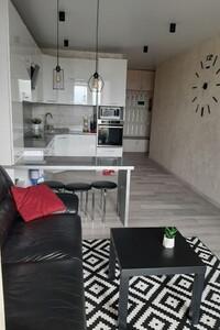 Продается 2-комнатная квартира 73 кв. м в Хмельницком