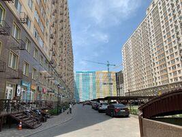 Продається 2-кімнатна квартира 64 кв. м у Одесі