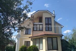 Продается дом на 3 этажа 280 кв. м с бассейном