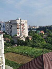 Продается 3-комнатная квартира 136 кв. м в Хмельницком
