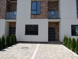 Продается дом на 2 этажа 120 кв. м с баней/сауной