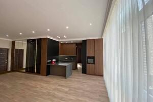 Продается 4-комнатная квартира 142 кв. м в Одессе