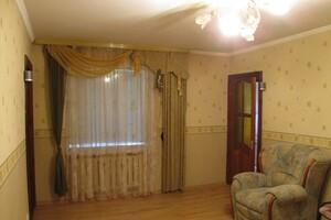 Продается 4-комнатная квартира 75.7 кв. м в Запорожье