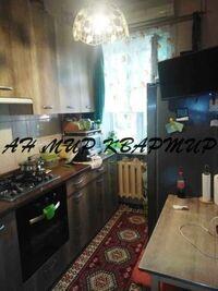 Продается 1-комнатная квартира 28 кв. м в Полтаве