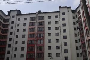 Продается 1-комнатная квартира 43 кв. м в Ивано-Франковске