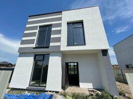 Продається будинок 2 поверховий 145 кв. м з балконом