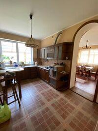Продается дом на 2 этажа 220 кв. м с беседкой
